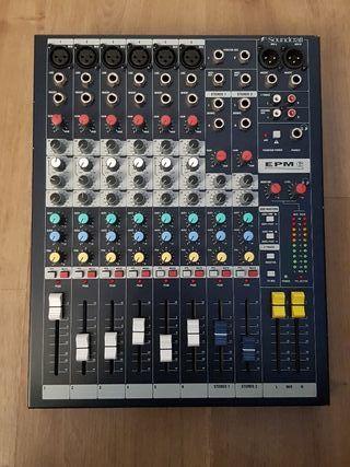 Mesa de mezclas SOUNDCRAFT EPM6