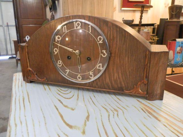reloj de carga manual