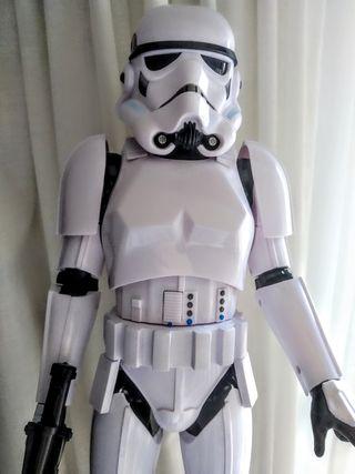 Stormtrooper electrónico (luz, movimiento,sonido)