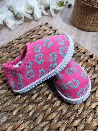 zapatos Talla 21 elásticos verano comodos