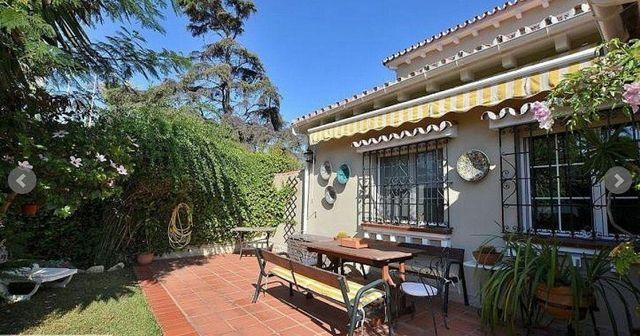 Villa en venta en Puerto Marina en Benalmádena (Benalmádena, Málaga)