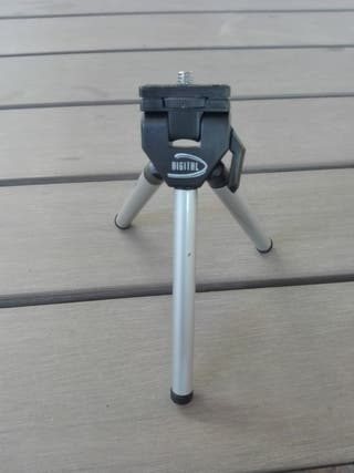 Trípode pequeño para cámara digital