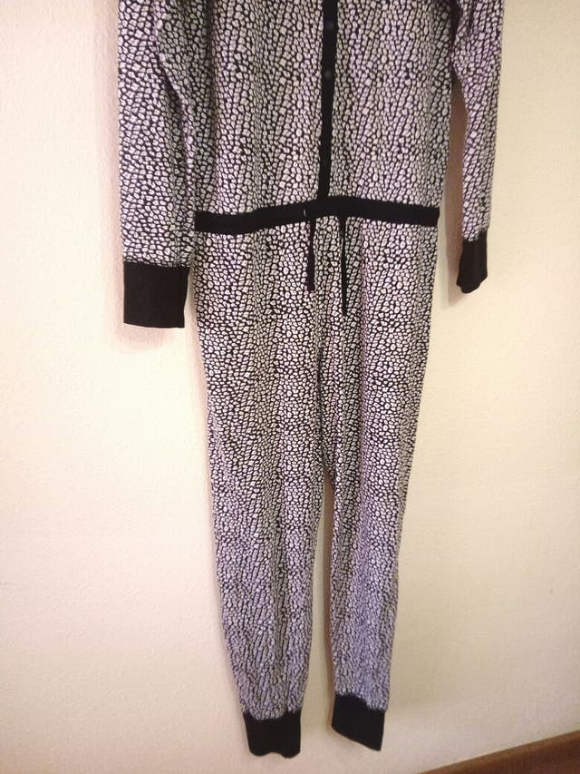 Pijama mono, nuevo