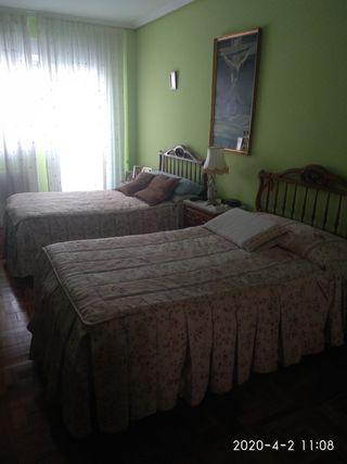 2 camas 110x190.