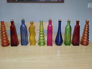 Colección de botellas de cristal
