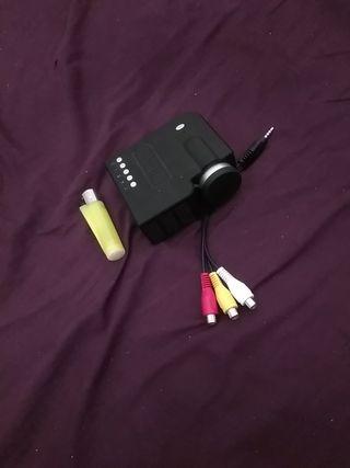 mini proyector portatil