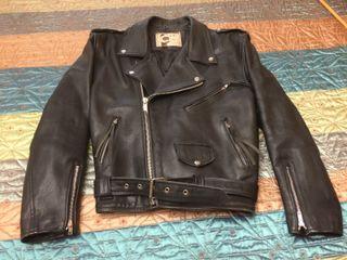 Cazadora de cuero moto vintage