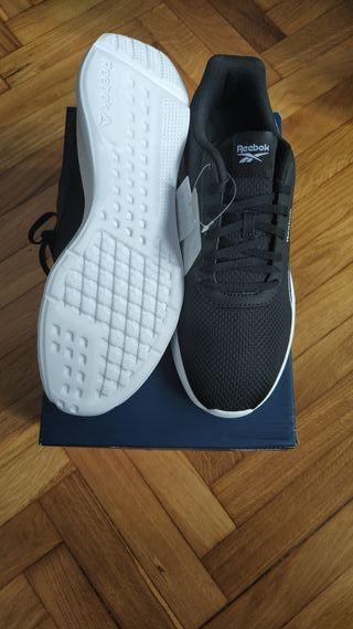 Zapatillas Reebok num 42 nuevas