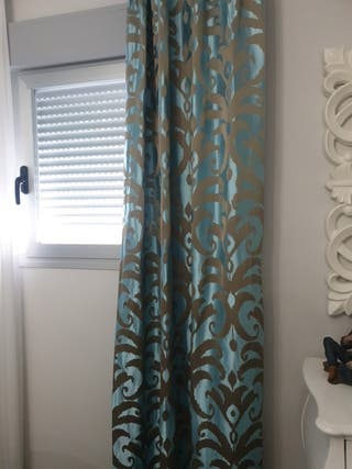 cortinas más cojines a juego!!!!!!