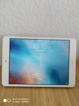 Ipad mini 2 16gb Blanco. regalo Smart cover
