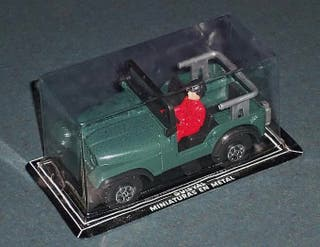 Coche JEEP Willys - GUISVAL aprox. 1/32 - 1/36