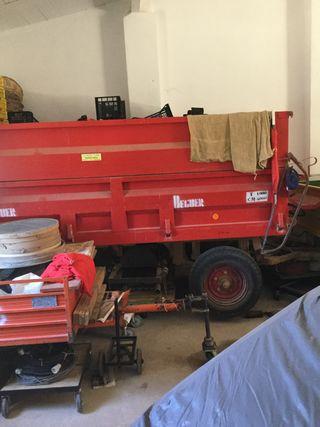 Remolque agrícola Beguer basculante