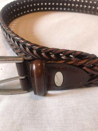 Cinturón NIKE golf de cuero