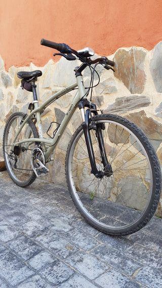 """Bicicleta de trail/montaña de 29 """""""