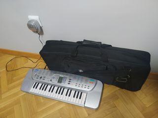 Piano electrónico Casio SA-75
