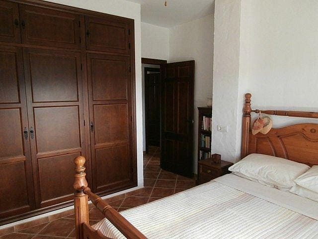 Villa en venta en Riogordo (Comares, Málaga)