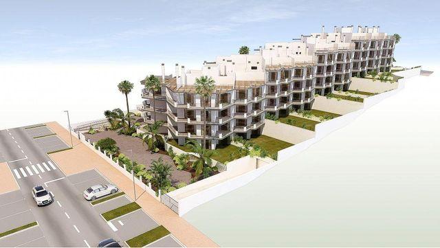 Piso en venta en Urbanización Santa Rosa en Torrox (El Morche, Málaga)