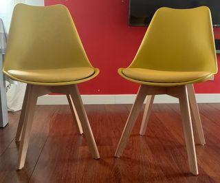 2 sillas nuevas color mostaza