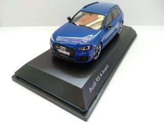 maqueta Audi RS4 Avant escala 1:43 Spark resina