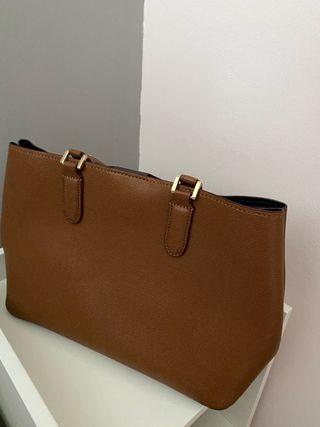 Bolso marrón claro Zara