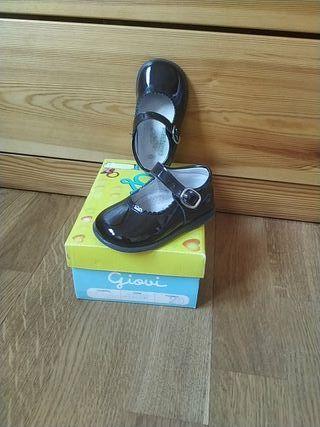 Zapatos bebé nuevos Giovi