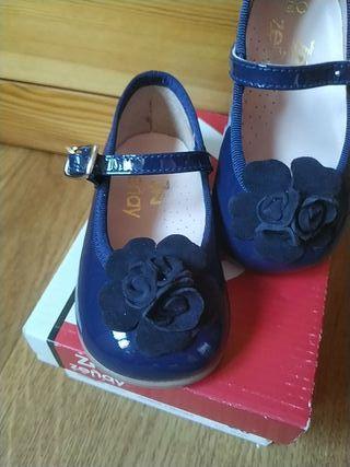 Zapatos nuevos bebé