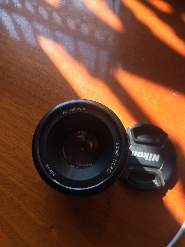 Nikon Af-d F-1.8 50mm