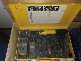 Rems-crimpadora mini-press acc Li-ion acero chapa
