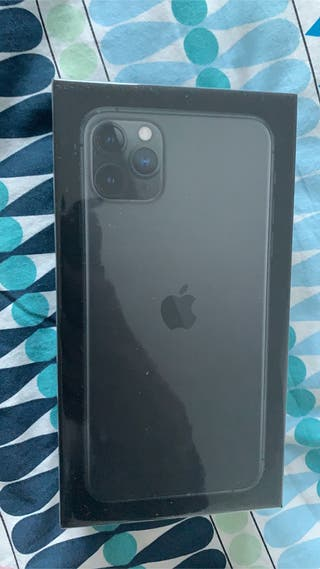 Apple iPhone 11 Pro Max - 64GB - Space Grey