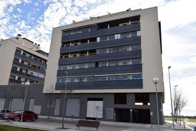 Garaje en venta en Pedanias en Huesca