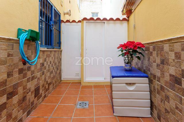 Piso de 2 Dormitorios en Málaga Mármoles (Málaga, Málaga)