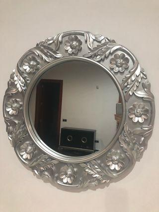 Espejo diseño plateado