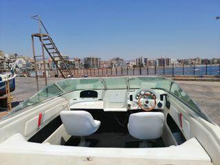 se vende barco astromar 6.15 closed