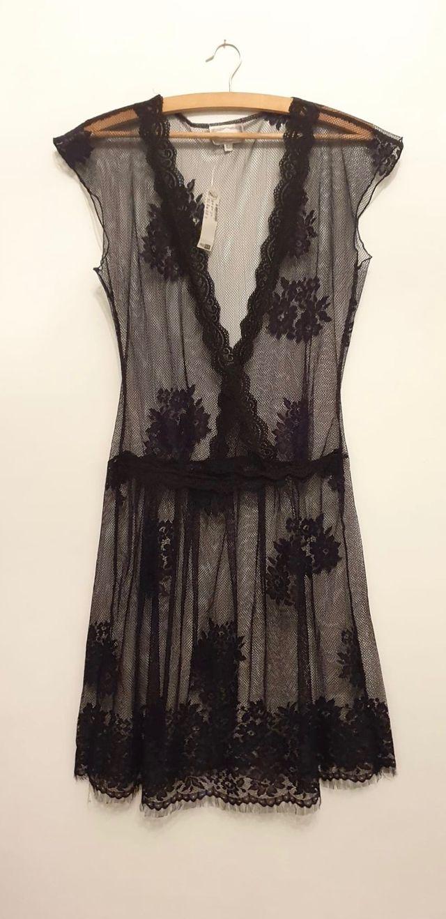 Bonito vestido negro. Talla L. Nuevo etiqueta.