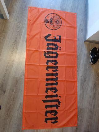 bandera auténtica jagermeifter