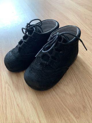 Zapato clásico niño