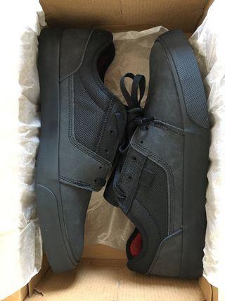 Zapatos hombre DC Shoes nuevas a estrenar