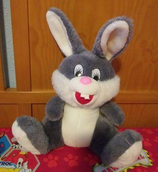 peluche conejo grande 40 cm. NUEVO Es muy suave.