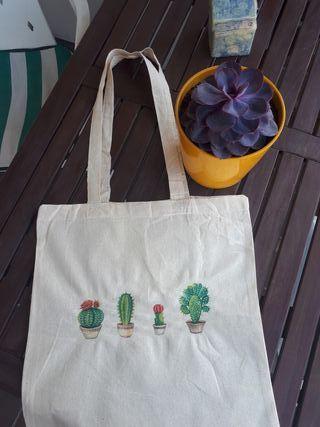 Bolso cactus hecho a mano