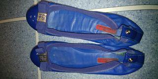 manoletina carolina herrera azul añil 38