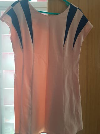 Vestido Kling. talla 3 o M