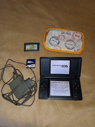 Nintendo DS Lite Negra + Juegos + Funda + Cargador