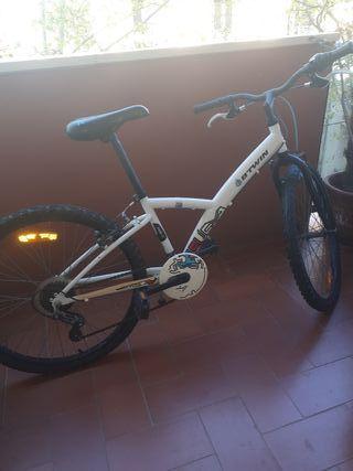 vendo bici casi nueva barcelona para niño