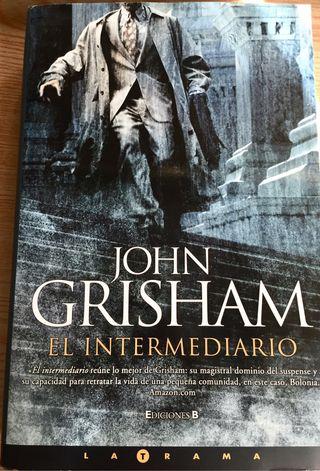 EL INTERMEDIARIO de John Grisham