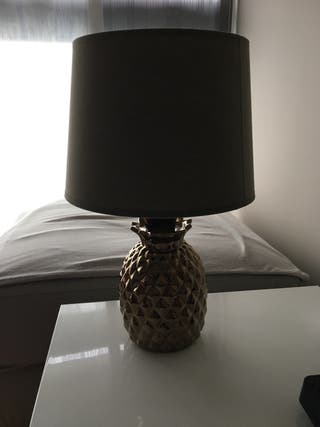 Lámpara Piña Dorada