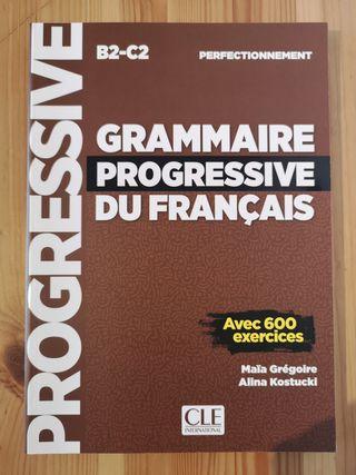 """Libro """"Grammaire Progressive du Français - B2/C2"""""""