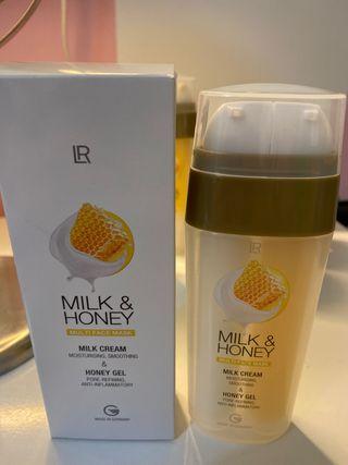 Mascarilla facial de leche y miel