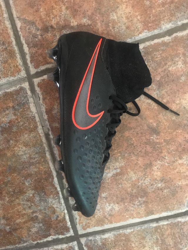 zapatillas para futbol como nuevas
