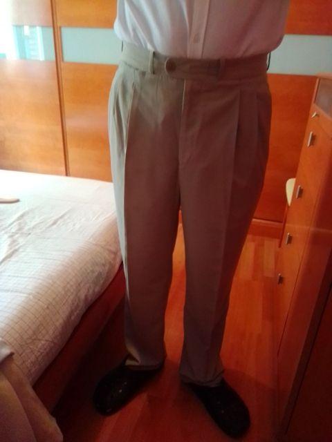 pantalón beige claro de vestir