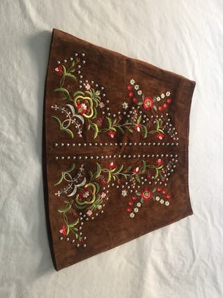 Zara minifalda en antelina marrón